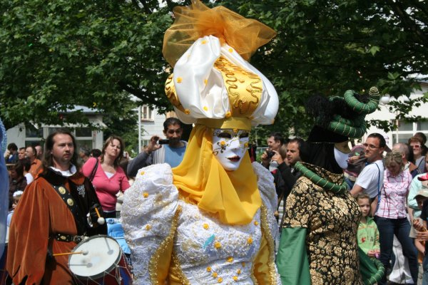 Masked Aladdin Figure.